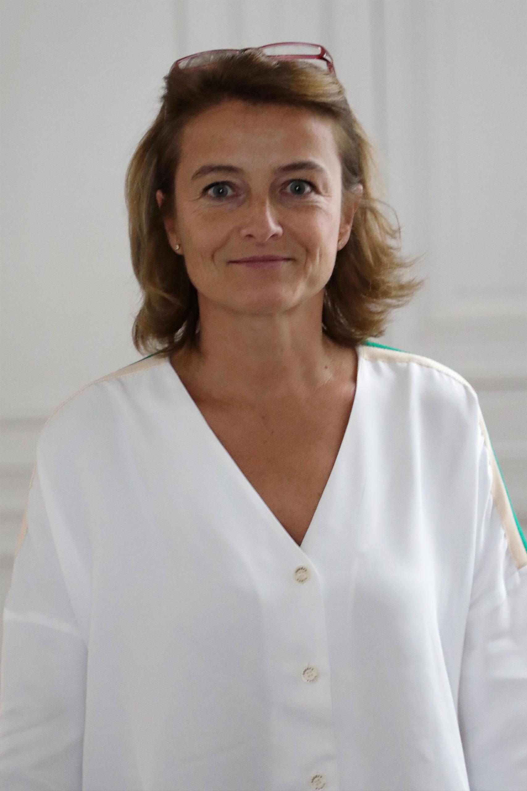 Isabelle PETIT-PERRIN